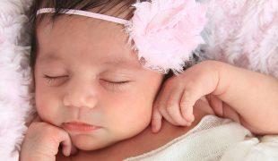 Newborn baby sleep training
