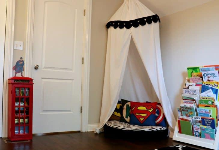 Superhero decoration ideas for a toddler reading corner.