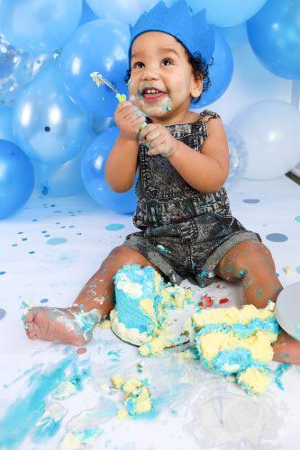 1st birthday photoshoot cake smash